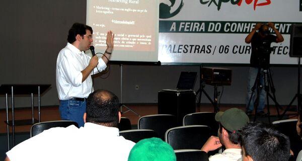 Mais de 60 pessoas participam da palestra sobre Marketing Rural, na Expo MS