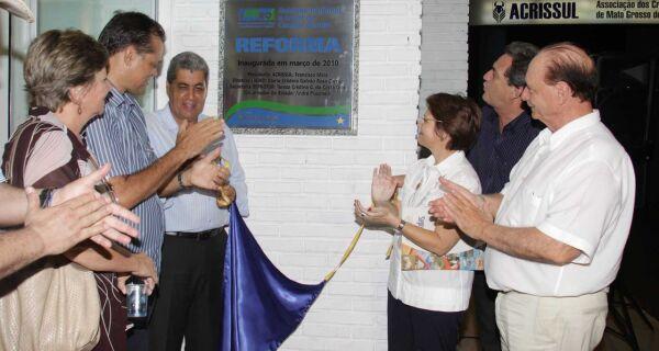 Governador inaugura prédio da Iagro no Parque de Exposições