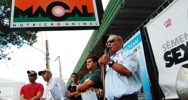 Palestras da Macal despertam público para a pecuária moderna