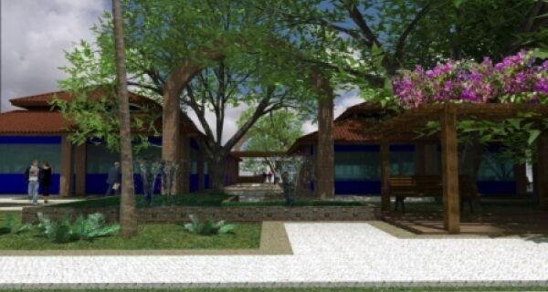 Praça do Leilão vai abrigar árvores preservadas