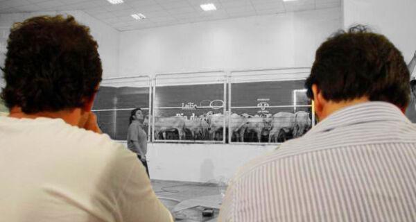 Expositor de animais convoca pecuaristas para Expogrande 2011