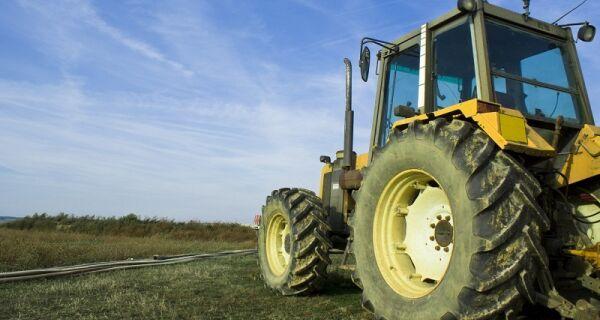 Vendas de máquinas agrícolas devem fechar 2011 com crescimento aproximado de 20%
