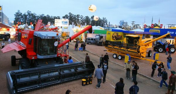Vendas de máquinas à Argentina seguem paradas após oito meses de impasse