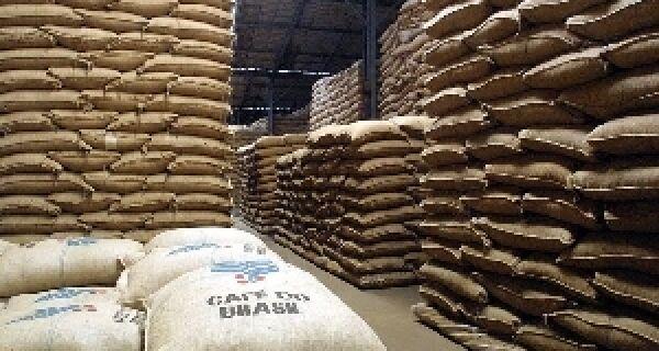 Estoque brasileiro de café é o menor dos últimos 3 anos