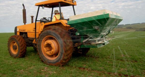 Comércio brasileiro de agrotóxicos cresce 190% em 10 anos