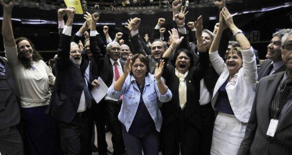 Câmara dos Deputados aprova PEC do Trabalho Escravo