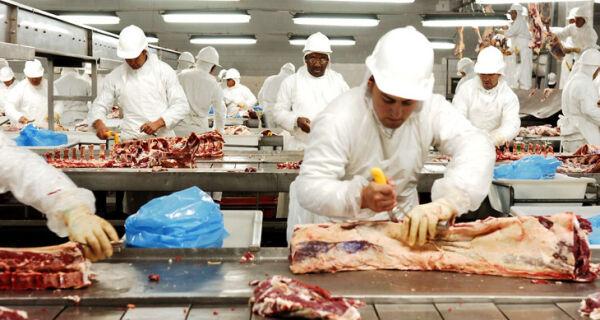 Exportações de carnes batem recorde em Minas Gerais