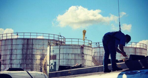 Brasil deverá exportar 2,2 bilhões de litros de etanol para os EUA