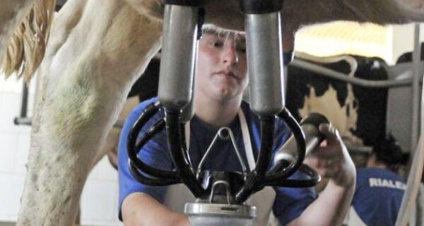 Brasil quer exportar US$ 82 milhões em lácteos até 2014