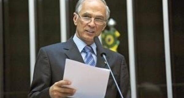 Brasil é referência agropecuária graças à Embrapa, destaca ministro