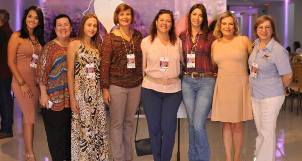 """""""Encontro das Divas"""" reúne mulheres do agronegócio de todo o Brasil em MS"""