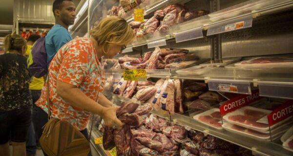 Carne Fraca: de 21 frigoríficos investigados, só dois produzem carne bovina