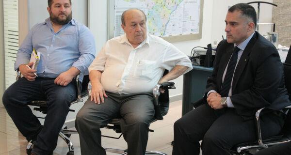 Diretoria da Acrissul reúne-se com superintendente do Banco do Brasil