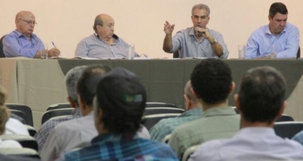 Deu no Campo Grande News: Em reunião com produtores rurais, Reinaldo se defende de denúncias