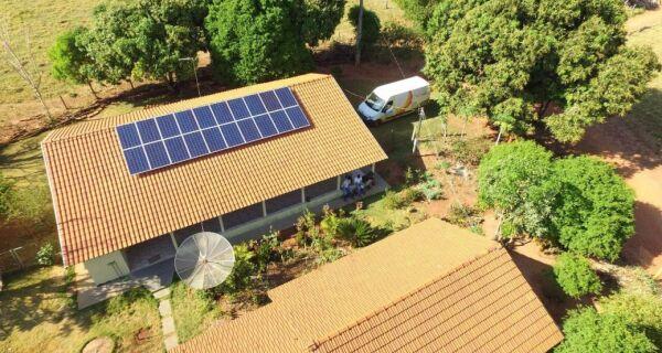 Com auxílio do Governo, sítio em Ivinhema implanta sistema de energia solar fotovoltaica