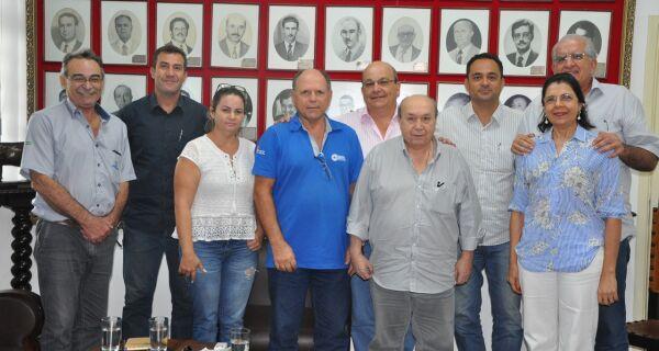 Acrissul recebe presidente e conselheiros da Abraleite