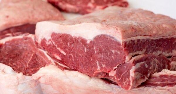 Com menor oferta de animais e vendas de carnes enfraquecidas, indicador oscila