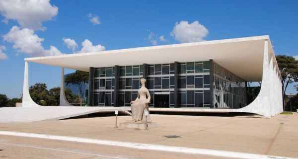 Supremo marca para 17 de maio julgamento de embargos do Funrural