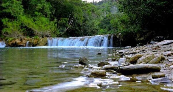 Lei ratifica proibição de pesca e restringe trânsito de barcos no rio Salobra e Córrego Azul