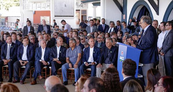 Presidente da CNA anuncia prorrogação para adesão ao Refis do Funrural