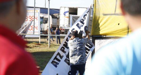Sindicato dos Caminhoneiros anuncia o fim da greve em Mato Grosso do Sul