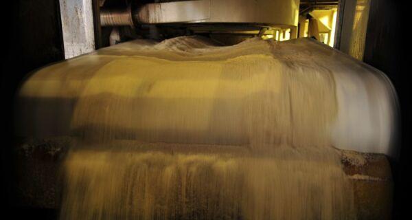 Exportação de açúcar cai e a de etanol sobe em maio