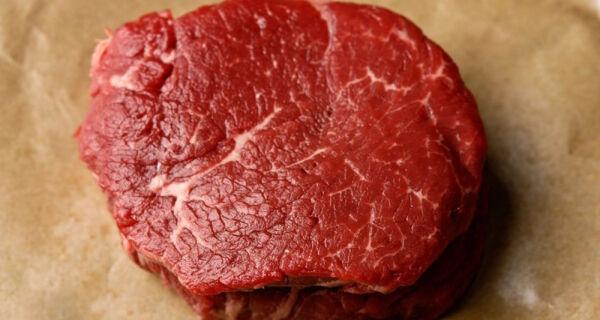 Carne bovina no varejo: menor margem do ano