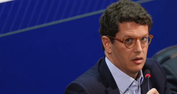Guedes deve liberar R$60 milhões para Ibama continuar ações de combate a queimadas, diz Salles