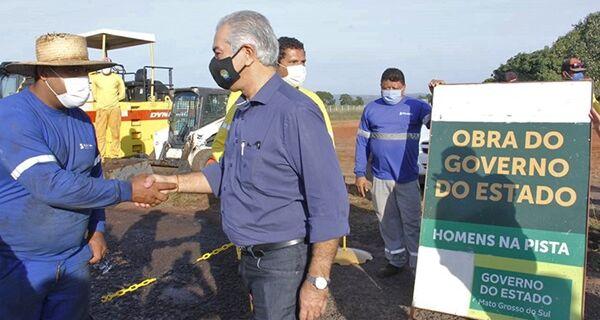 Obras do Estado avançam em Coxim; aeroporto está 65% concluído